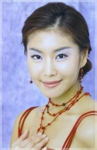 eun jeong han 32